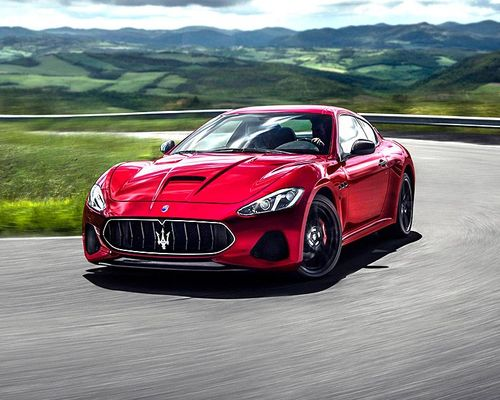 Maserati GranTurismo Front Left Side