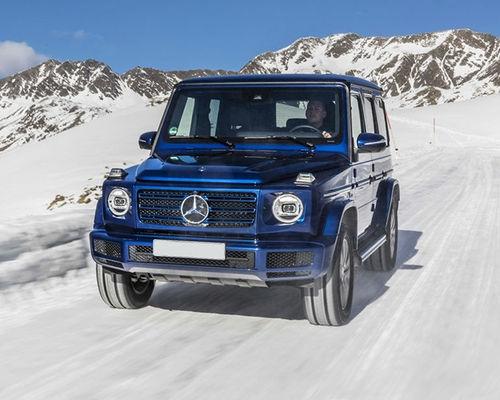 Mercedes-Benz G-Class Front Left Side